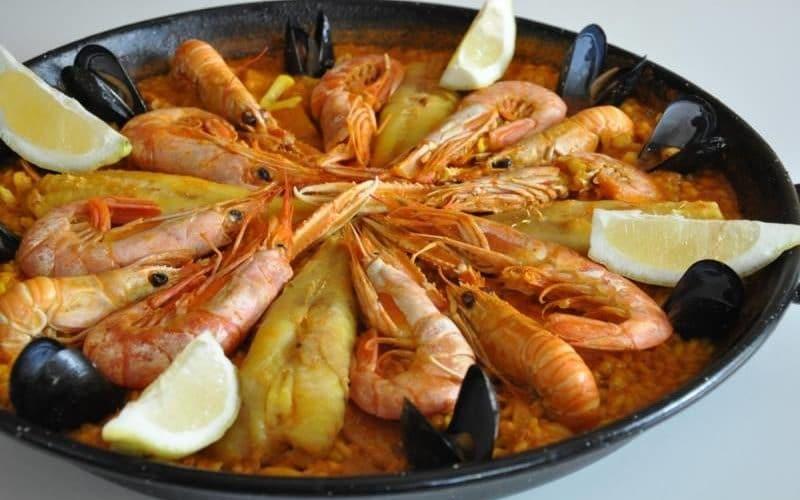preparado de paella sin verduras Mariscos Apolo